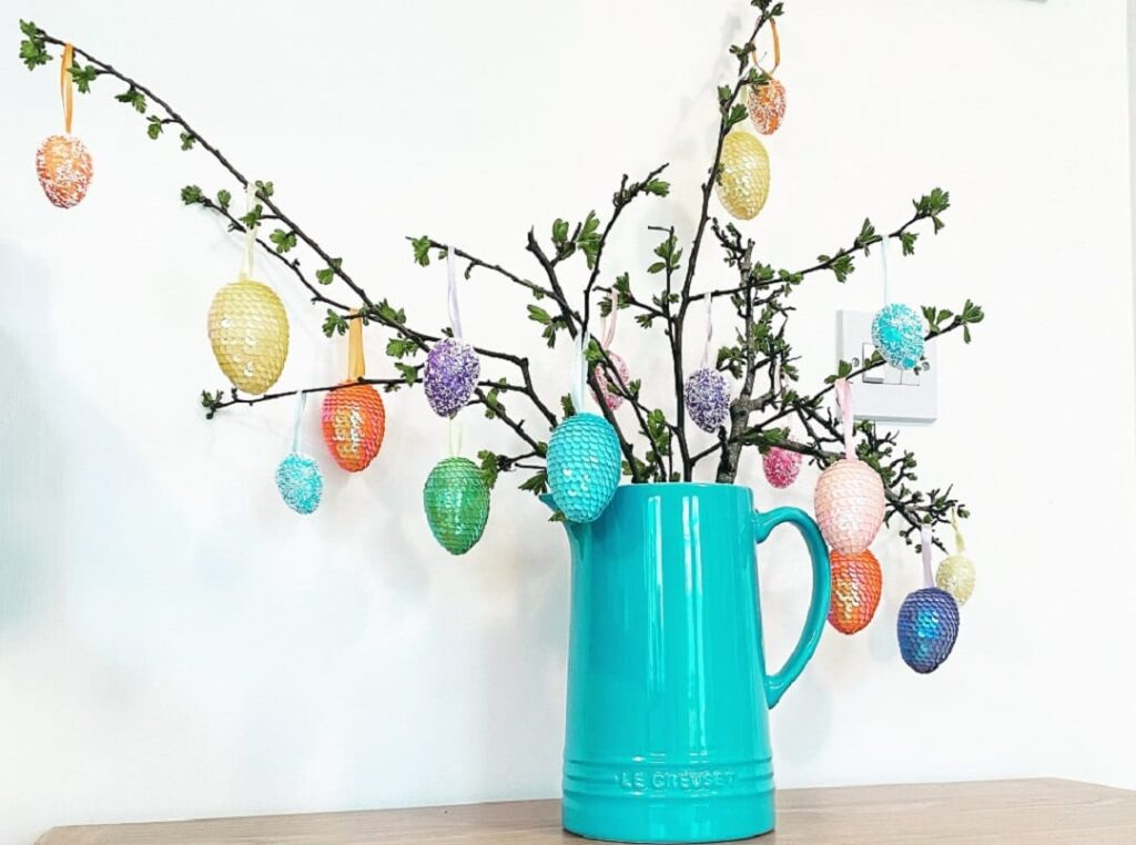 Decorate for Easter on an April weekend