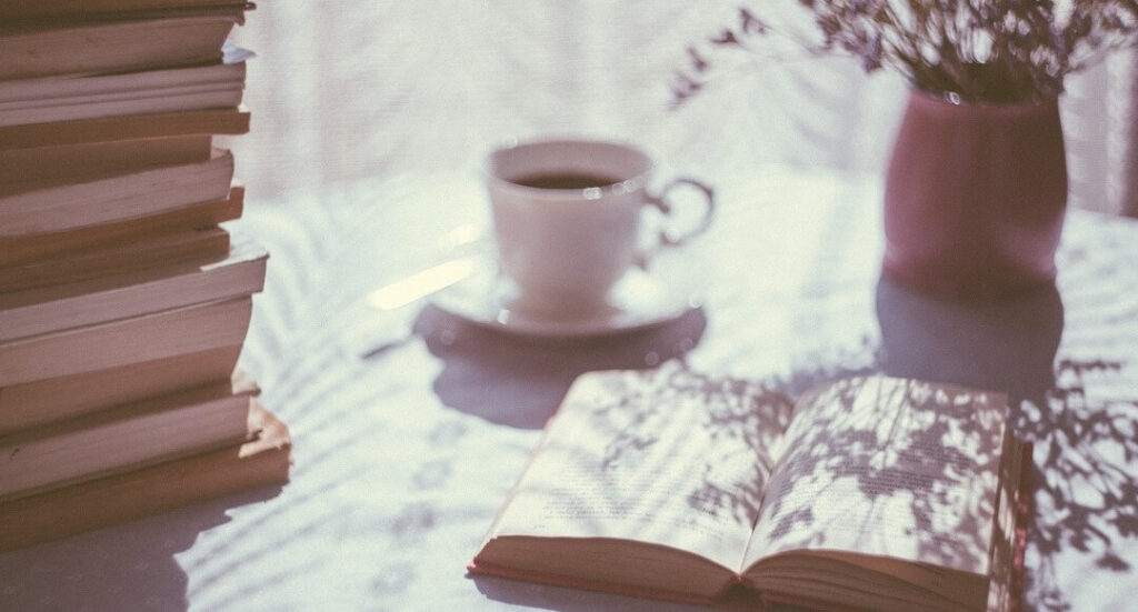 100 ideas to add hygge to your everyday life - hygge home comforts